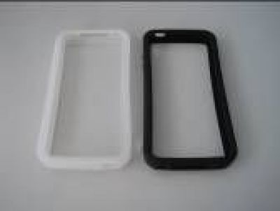 iPhone 4S Silicon Bumper (9 Farben)